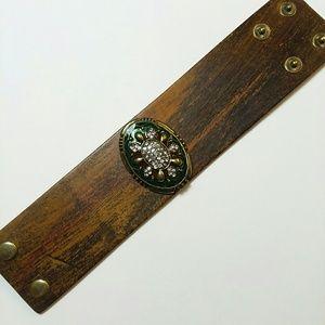 Jewelry - Buckle fashion bracelet